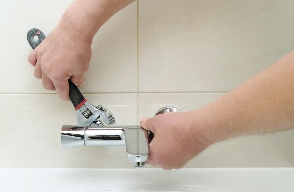 浴室の水まわりトラブル、リフォーム